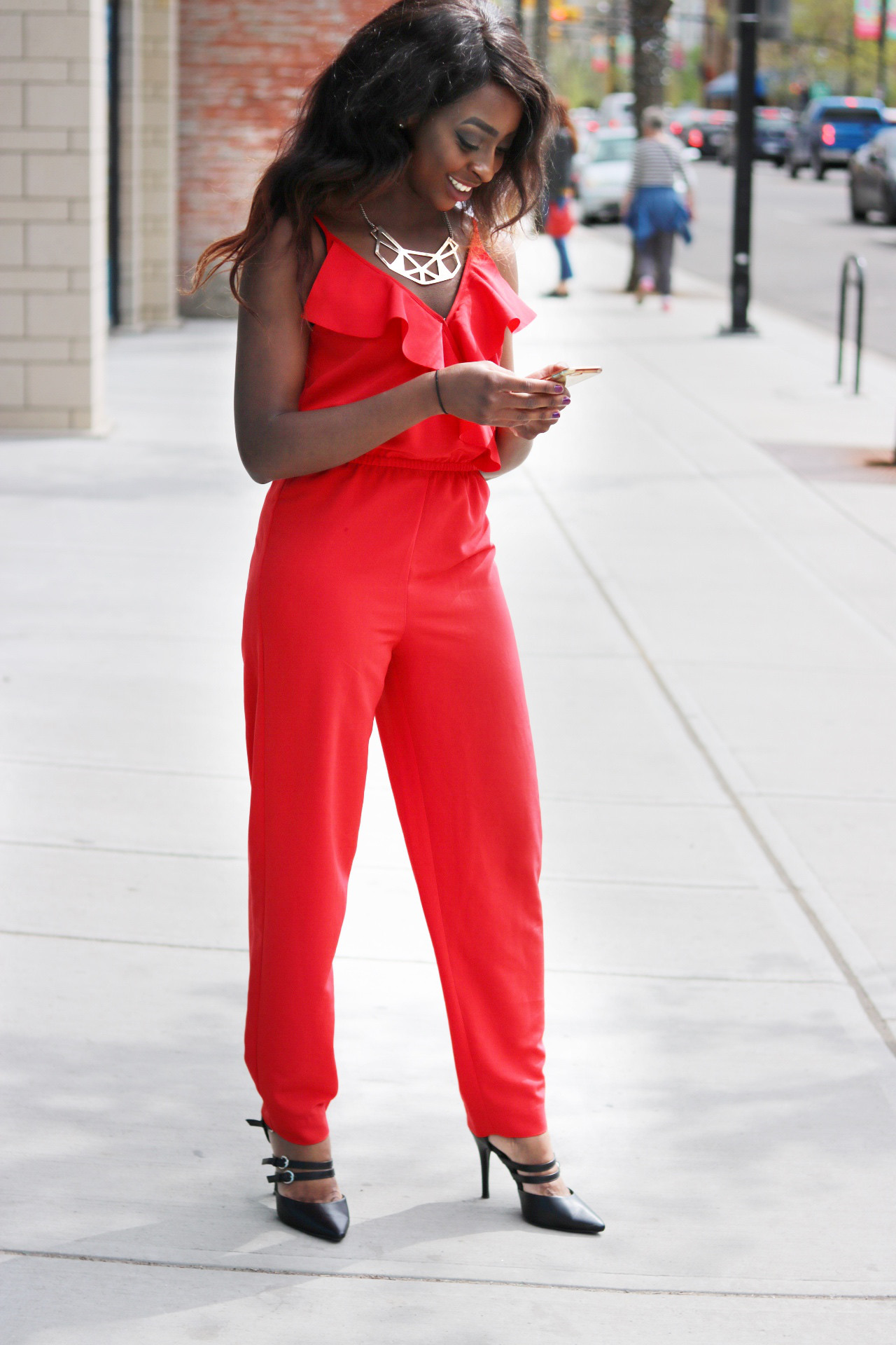 Color Theory Will Make You THAT Lady in RED!
